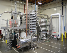 Steam sterilization / pasteurization equipment for dry ingredients