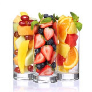 fruit-cocktails-isolated-white-fresh-pieces-fruit-glasses-mint-top-healthy-life-34531423