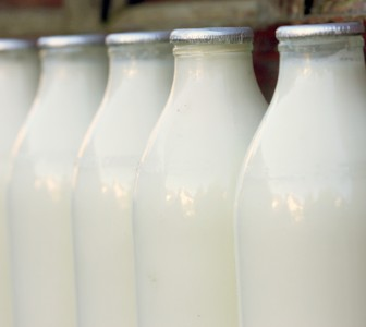 Dairy Crest looks to stabilise milk prices